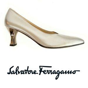 Ferragamo Platinum Pump With Mirrored Heel